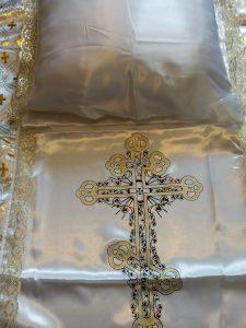 подушка покрывапло в гроб атлас скружевом