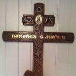 кресты деревянные, лакированные